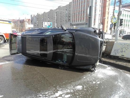 В центре Архангельска произошло ДТП