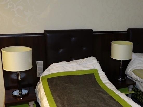 Борющихся с covid калужских медиков поселили в гостинице