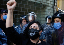 Теория заговора и предчувствие гражданской войны: коронавирус подстегнул экстремистов