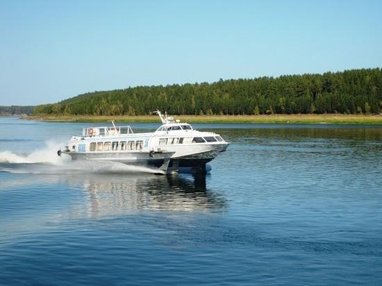 Два популярных теплоходных маршрута по Байкалу отменяют в связи с коронавирусом