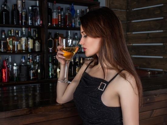 Врач назвала самый вредный для сердца алкогольный напиток