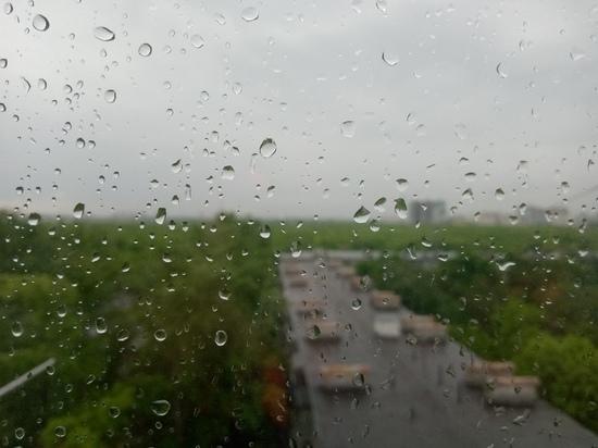 Суббота принесет в Оренбургскую область ливень, грозу и аномальную жару