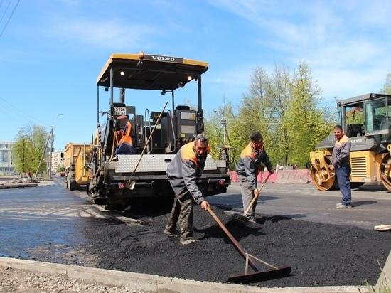 В Пскове продолжается ремонт Рижского проспекта