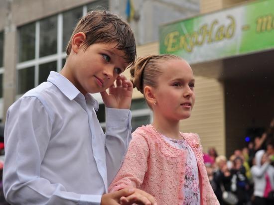 Радаев: Если в Саратове появятся компании гуляющих выпускников, ответственность понесут все