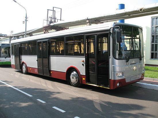 Орловцы с 1 июня смогут прокатиться на подаренных Москвой автобусах