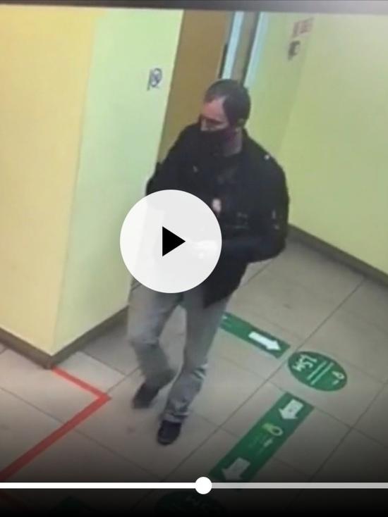 Жителю Улан-Удэ не повезло найти кошелек с банковской картой и пин-кодом