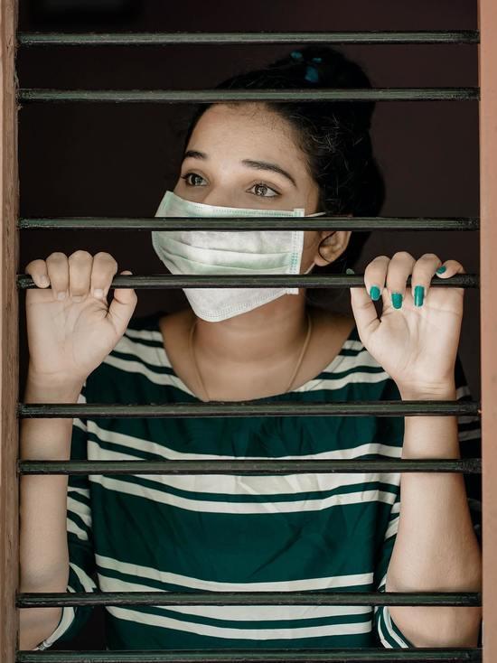 Определен простой способ дезинфекции маски