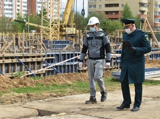 На семи объектах Серпухова проверили COVID-безопасность