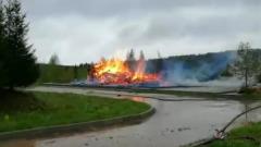 В Подмосковье сгорела деревянная церковь: кадры с места