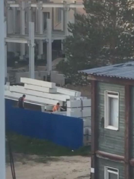В Ноябрьске детей застали за опасными играми на стройке