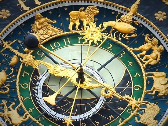 Каким трем знакам в июне звезды подарят финансовую независимость