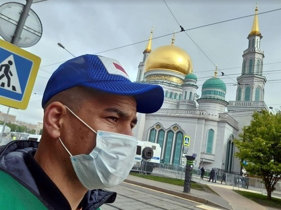 Путин и Мишустин поздравили мусульман с Ураза-байрамом