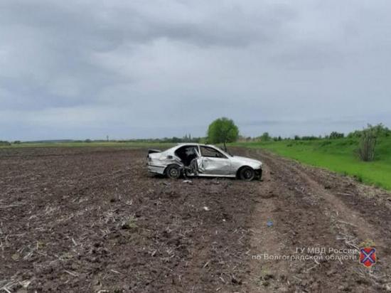 В Волгоградской области перевернулся «БМВ», пострадал человек