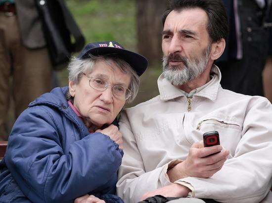 Лео Бокерия призвал разрешить пожилым людям прогулки