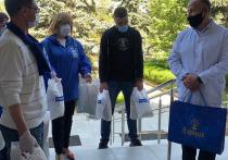 Более 300 чайных наборов и комплекты средств индивидуальной защиты получили медики Серпухова в ходе акции «Спасибо врачам»