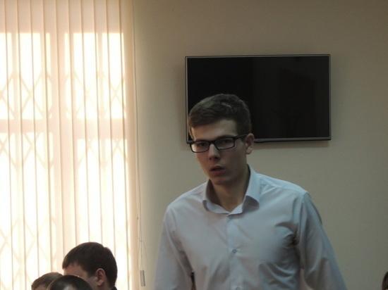 """Подана кассационная жалоба на приговор """"очкарику"""" Рябухину"""
