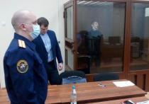 Захвативший заложников в банке мужчина при аресте нарушил режим карантина