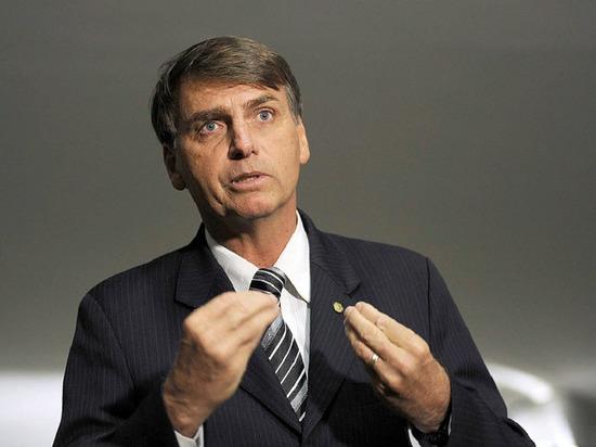 Президент Бразилии отверг обвинения во вмешательстве в работу следствия