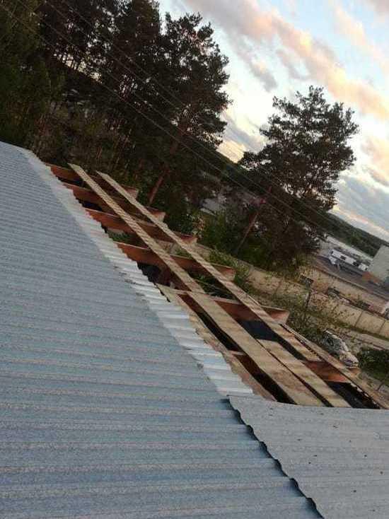 Окрестности Екатеринбурга остаются без света после урагана