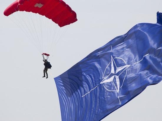 СМИ: НАТО отказало России в прекращении учений ввиду пандемии