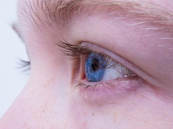 Врач рассказала о падении зрения от коронавируса