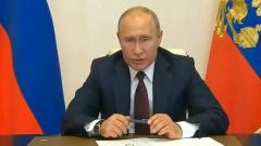 Видео гневно швыряющего ручку Путина удивило