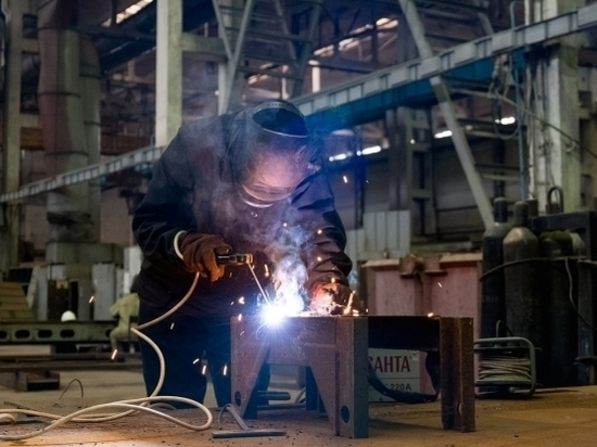 На возрожденном заводе буровой техники в Волгограде кипит работа