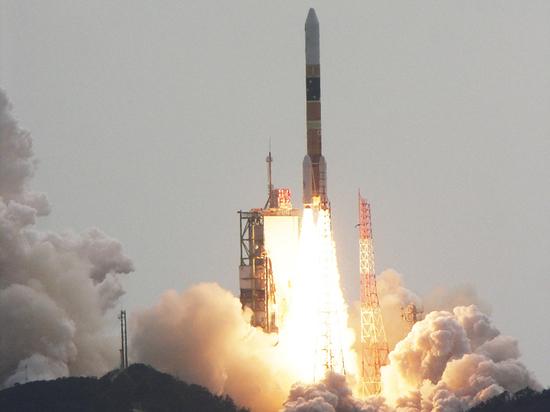 """Японцы """"взяли на прицел"""" российские и китайские спутники"""