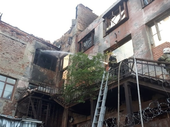 Пожар на фабрике-кухне УЗТМ потушен