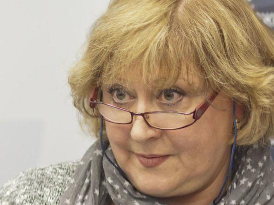 Жена известного актера устыдилась сетовавшей на безденежье вдовы Караченцова