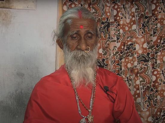 В Индии умер йог, который не пил и не ел 80 лет