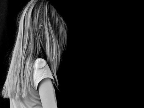 Под Брянском школьница проглотила батарейку и умерла