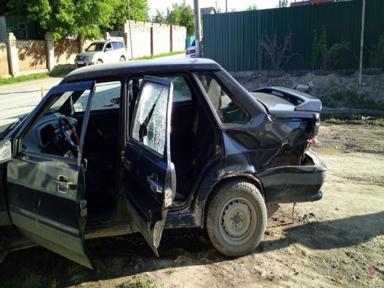 В Волгоградской области в ДТП пострадала 2-летняя девочка