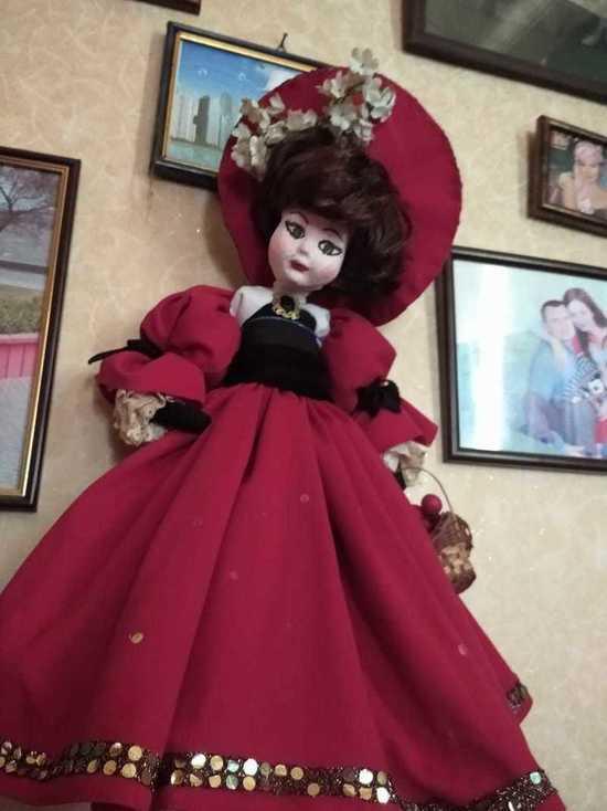 Куклы Маркизы: тайны высшего общества открылись экскурсоводу из Крыма
