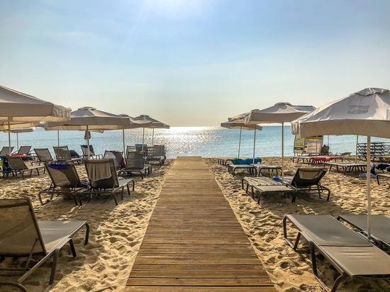 Популярный у россиян курорт приготовился принимать туристов без ограничений