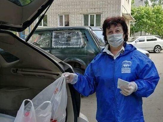 Пожилым людям в Серпухове доставили еще одну партию продуктовых наборов