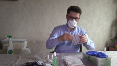Раз и готово! В редакции «МК» испытали на себе экспресс-тесты на COVID  и антитела