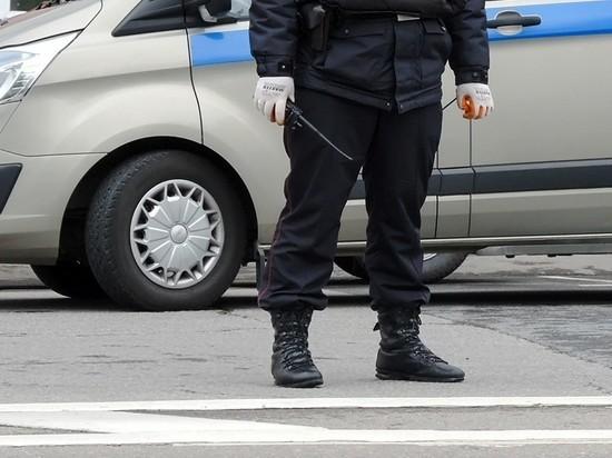 """Главреда """"Медиазоны"""" и журналистов """"Эха"""" задержали на пикете"""