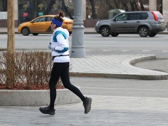 Собянин: прогулки по графику не исключают ежедневных занятий спортом