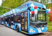 В Петербург прибыли новые троллейбусы с Wi-Fi и зарядками для телефонов