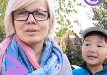 «Одуванчики, дача, собака»: Аюр из Бурятии и его «московская мама» рассказали о своей самоизоляции