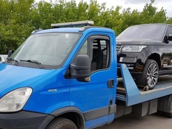 В Хакасии эвакуаторщик необоснованно превысил тариф и был оштрафован