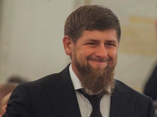Кадыров на видео заявил, что здоров и работает в Чечне