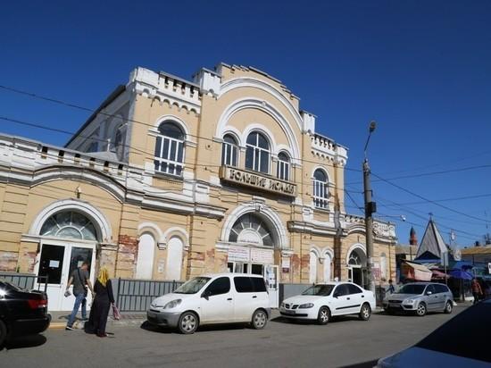 В Астрахани на Больших Исадах будет отремонтирован главный корпус