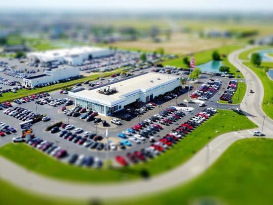Минпромторг назвал удобное время для покупки автомобиля