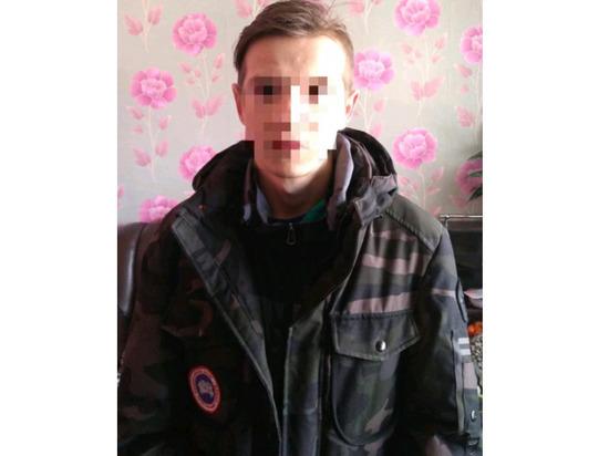 20-летний парень вымогал у жителей Чувашии деньги, шантажируя интимными фото