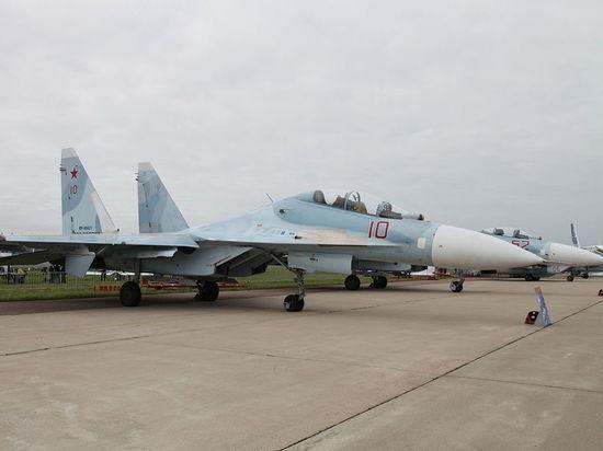 Истребители ВКС РФ развернули бомбардировщики США над Черным морем
