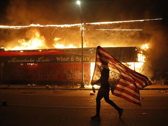 Погромы в Миннесоте заставили обсудить возможность гражданской войны в США