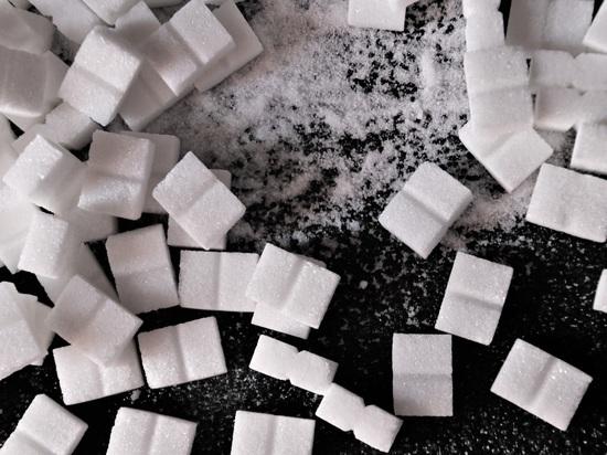 Елена Малышева рассказала об опасности сахара для иммунитета