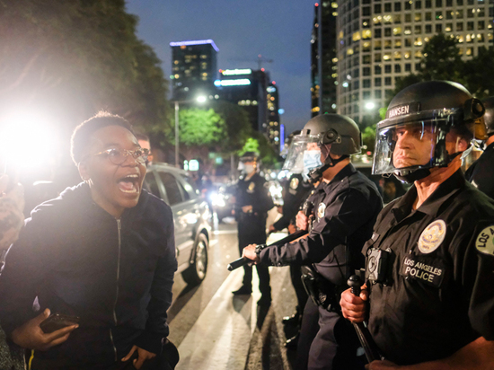 Массовые протесты в США: что нужно знать о принципах действий полиции